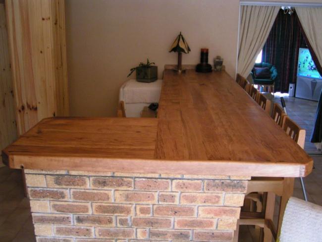Oak Counter.jpg