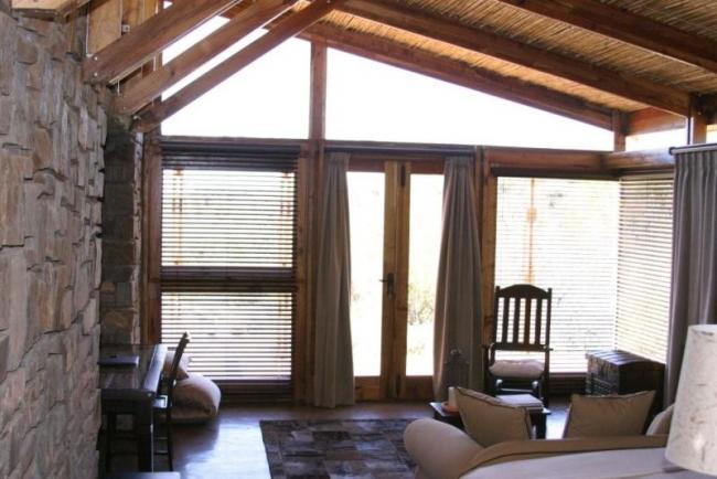 Ratelfontein Cabin Interior.jpg